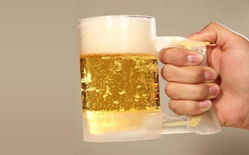 Beer foaming cup