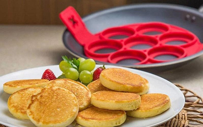 Breakfast Maker Flip Cooker