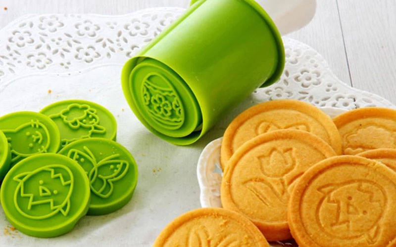 Cookie stamper for nice treats
