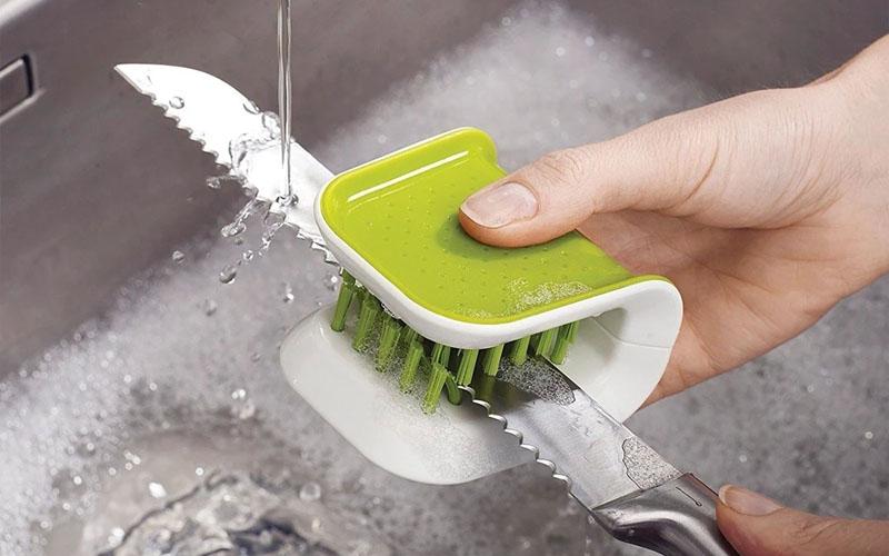 Scrub Brush for Knife _ Cutlery