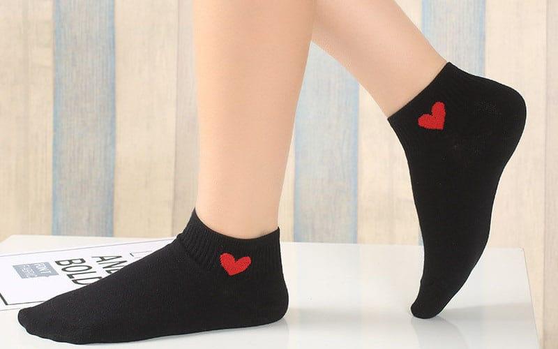 Ankle-length socks