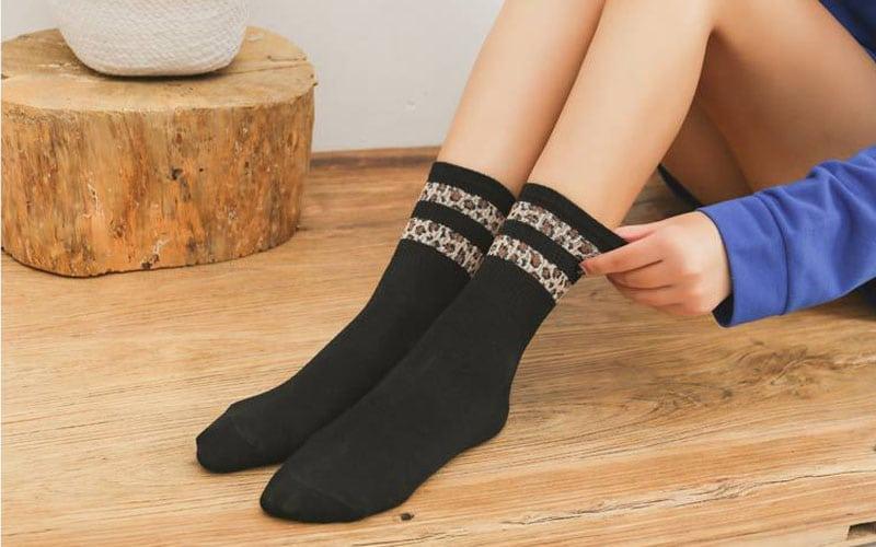 Quarter-length socks