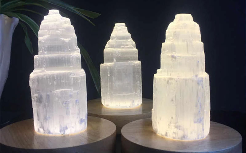 Natural Authentic Crystal Tower Selenite Lamp For Bedroom