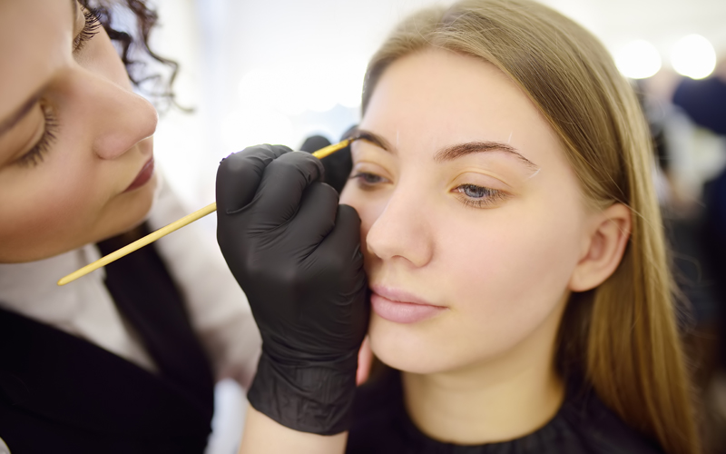 Who does Microblading?