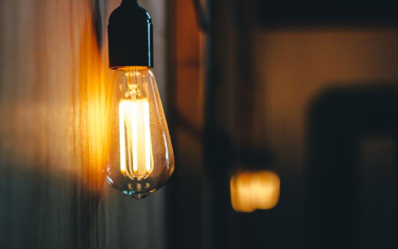 Low Pressure Sodium Lamp (LPS)