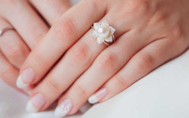 Middle finger rings