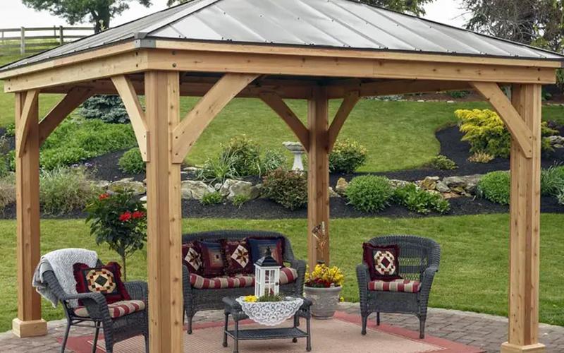 Carpeted backyard Pavilion Design