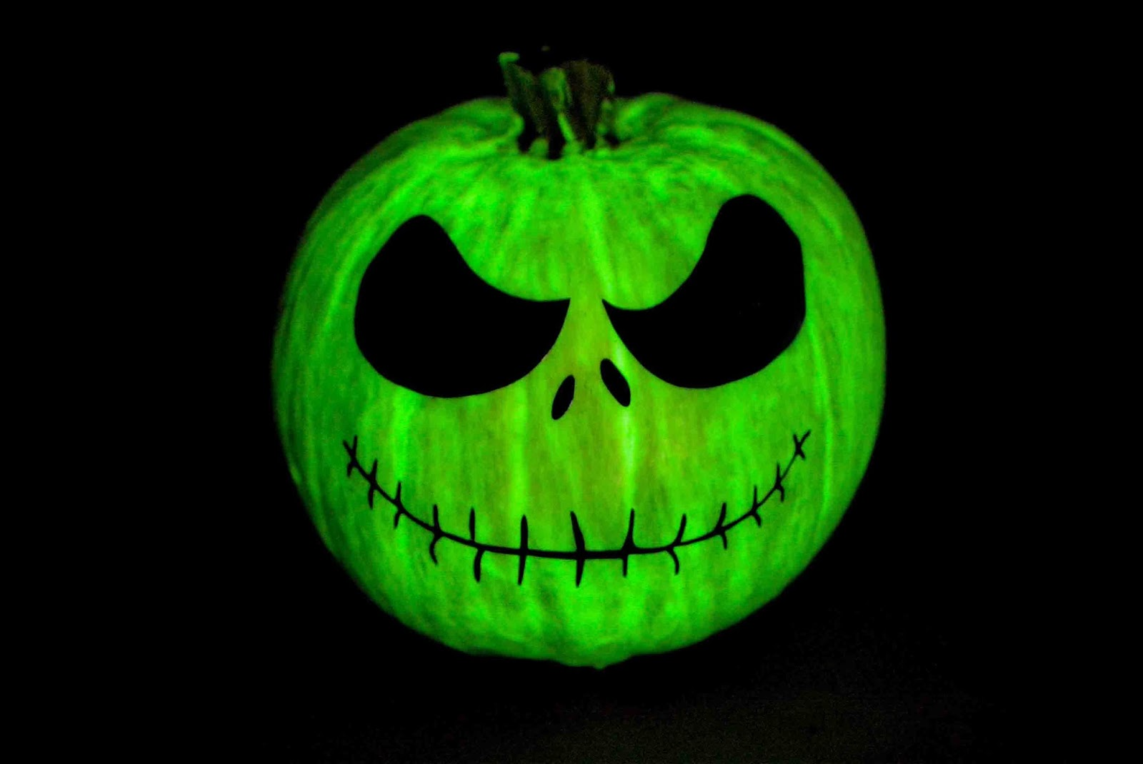 Jack o lantern pumpkin with no-carve method