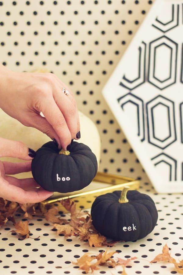 Peekaboo Pumpkins