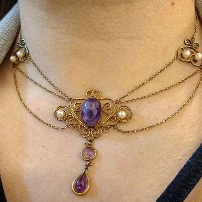 Festoon Necklace