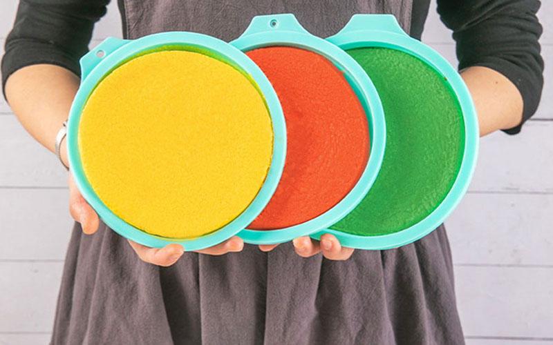 8 Silicone Rainbow Cake Mold Set