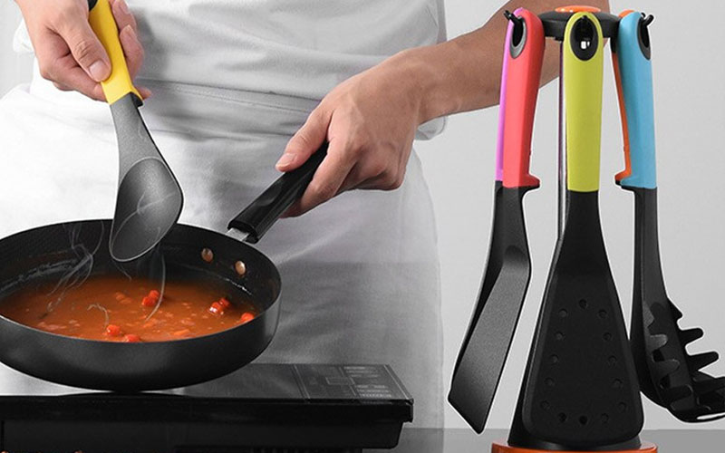 7 Piece Carousel Kitchen Utensil Tool Set With Rotating Storage