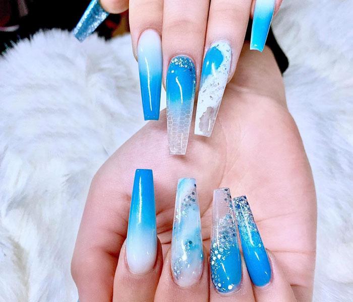 Beach Acrylic Nails