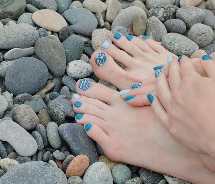 Beautiful Beach Toe Nails