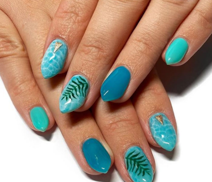 best nails for beach