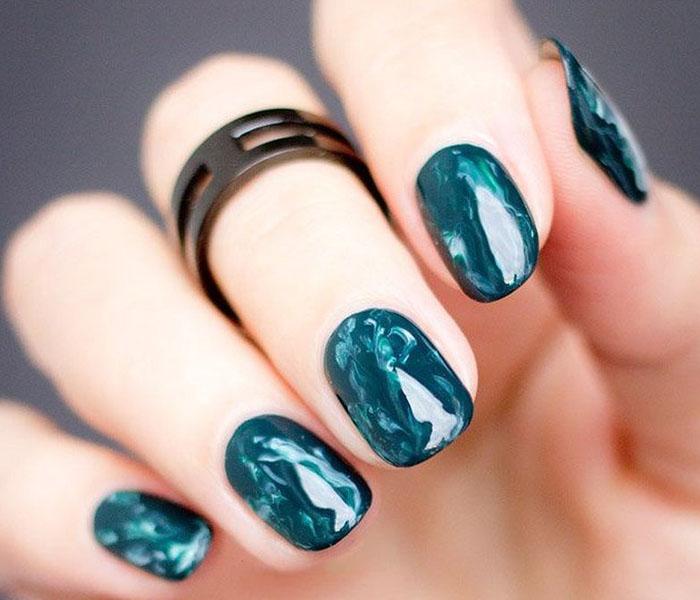 Calming Ocean Nails