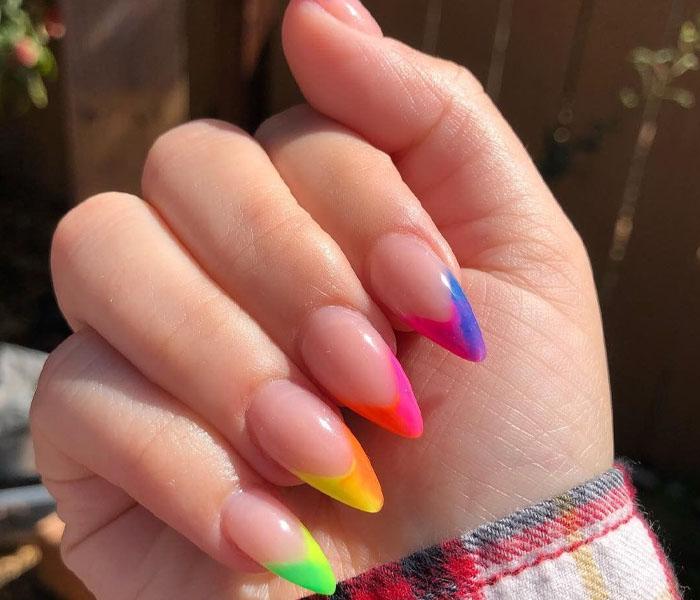 beach nails colors