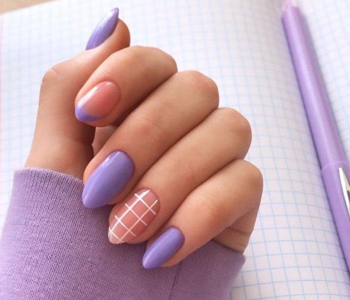almond nails design