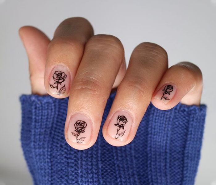 rose nails design