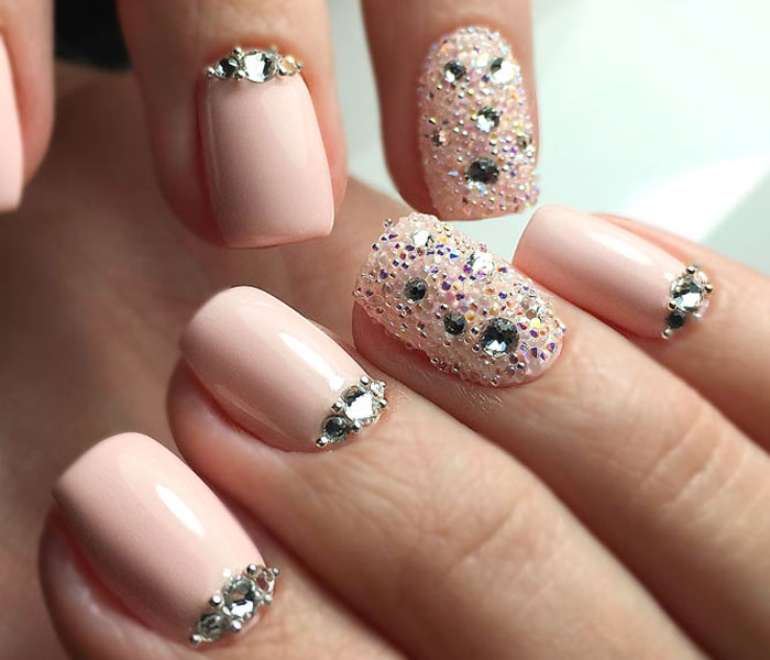 spring nail ideas for short nails