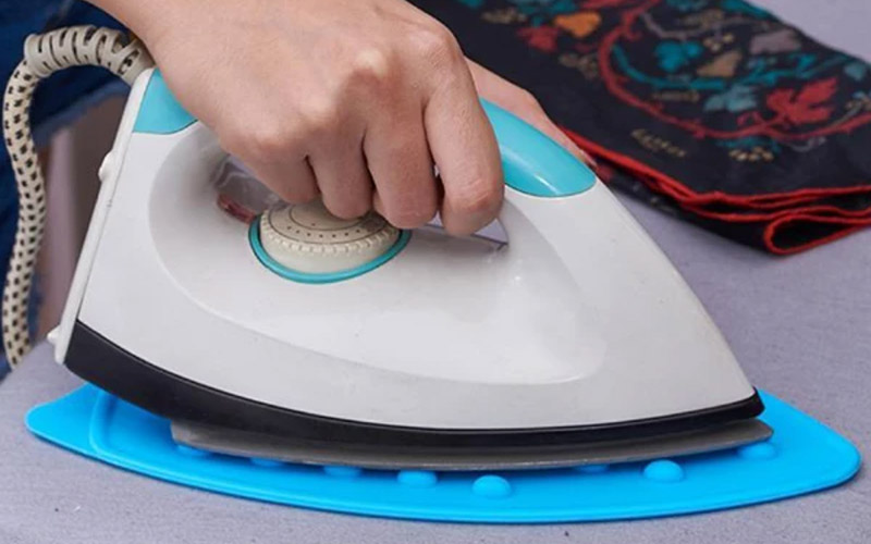 Heat Resistant Silicone Iron Mat