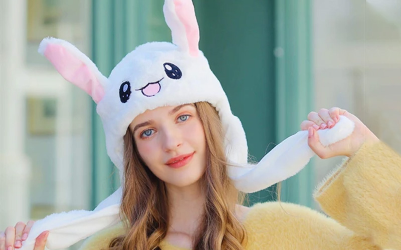 Cute Bunny hat with Moving Ears