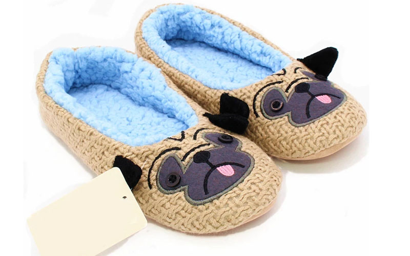 Cute Pug House Slippers For Dog Lovers With Suede, Coral Velvet & Wool Weaving