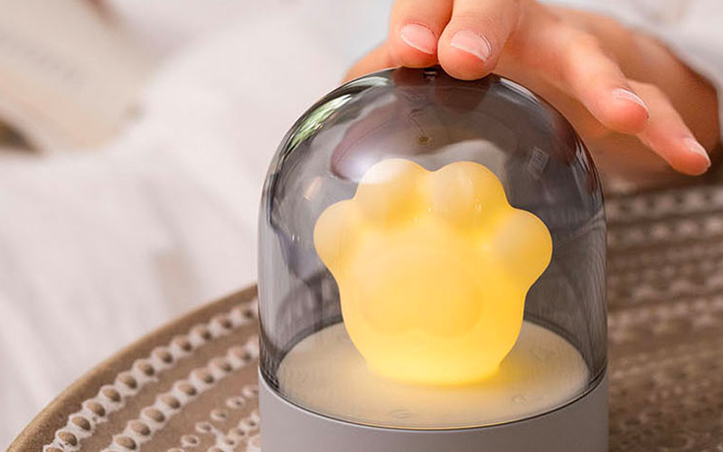 USB Chargeable Cat Paw Music Nursery Night Lamp