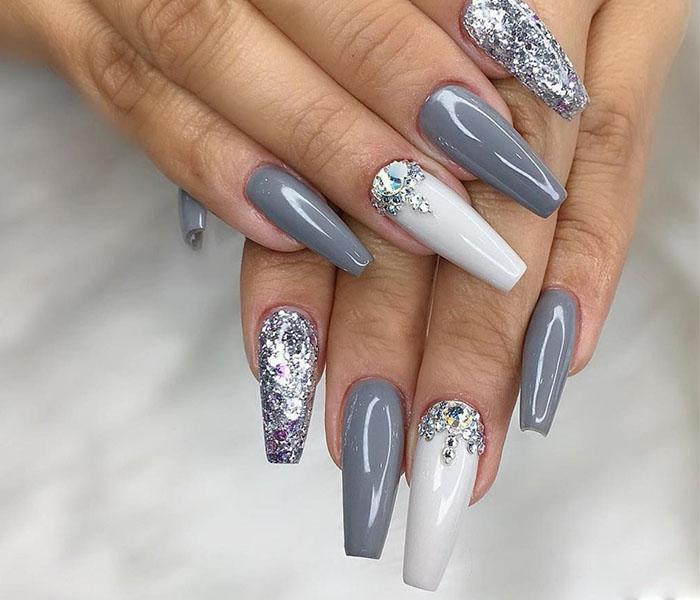 Coffin Glitter Nails Idea 4