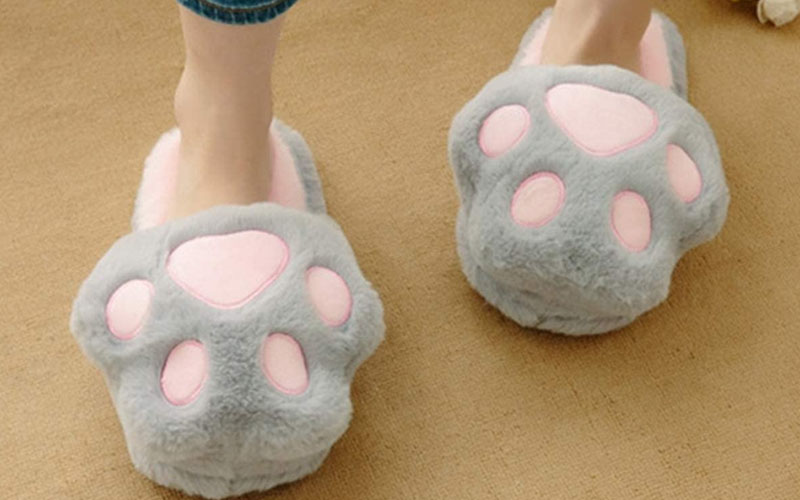 Fluffy-Kitty-Cat-Paws-Slippers