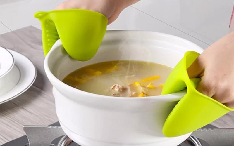 Heat Resistant Lobster Claw Pot Pinchers