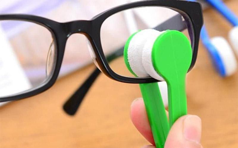 Microfiber Eyeglass Cleaner Tool