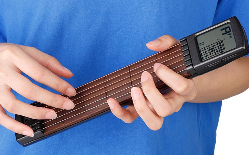 Portable Digital Guitar Trainer