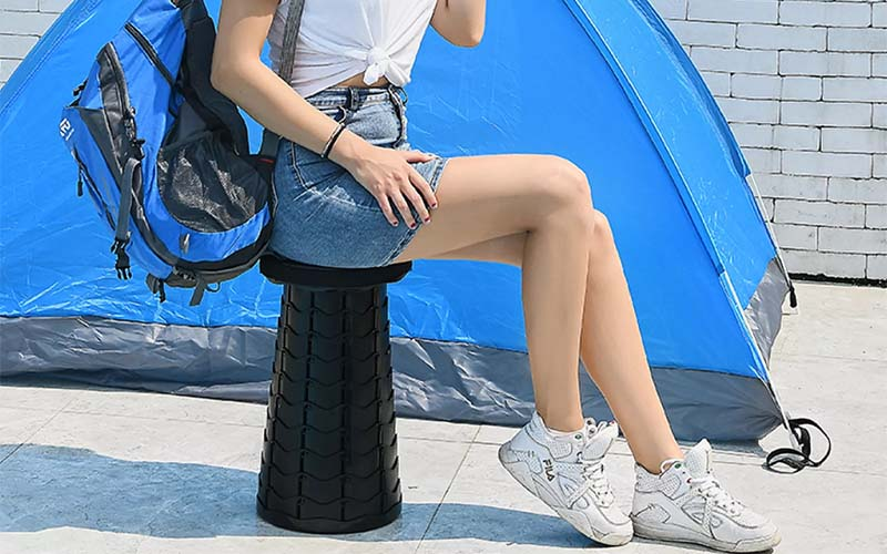 Portable Retractable Stool For Indoor and Outdoor Use