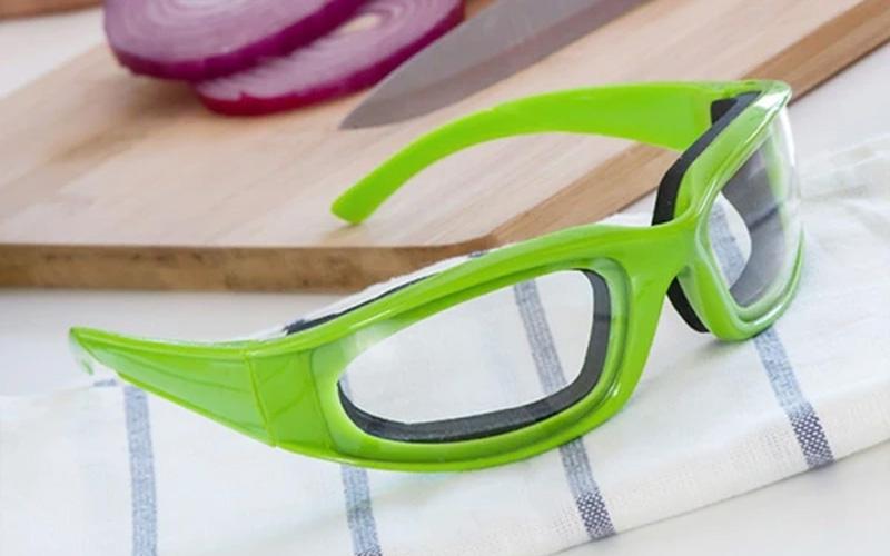 Tear Free Onion Cutting Goggles
