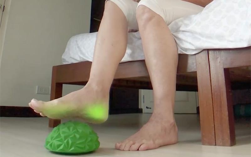 Yoga Half-Ball Water Cube Diamond Pattern Foot Massage Ball
