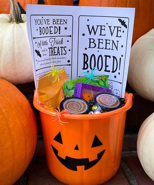 Halloween bucket for a music lover friend