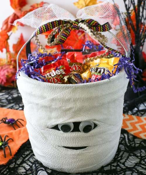 Shy Mummy spooky bucket1