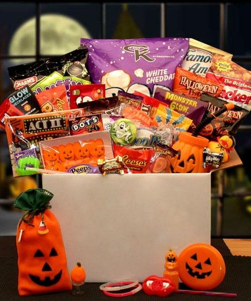 The cutie beauty, pumpkino and boo Halloween bucket