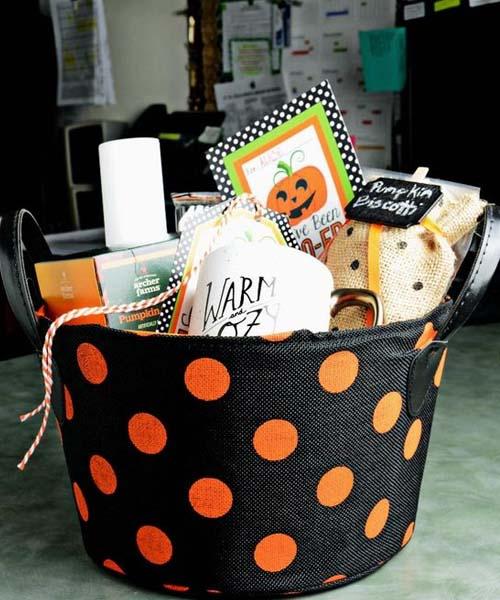 Warming Halloween basket idea for older mother
